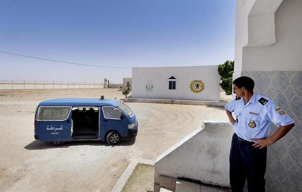 Полиция Тунис